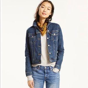 Levi's Denim Women's Truckers Jacket. Small